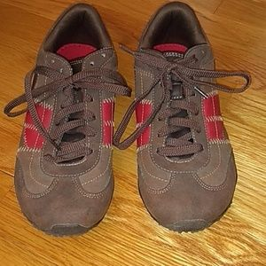 American Eagle Sneakers Brown and Red size 7.5